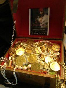 lisa-olech-treasure-chest